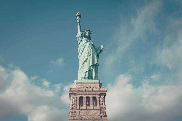 自由の女神像