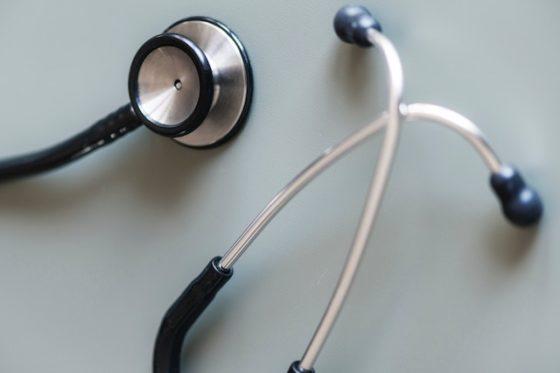 西洋医学の聴診器